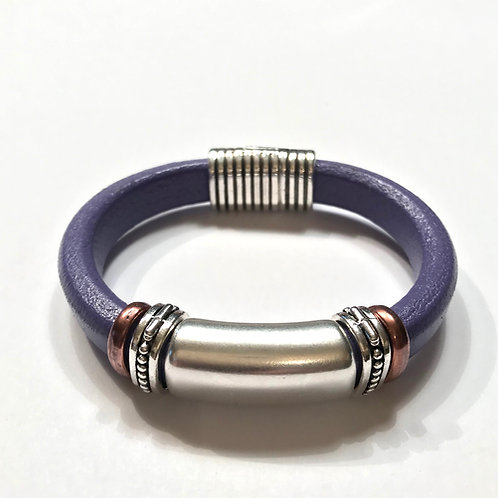 Lilac Regaliz with Solid Silver bar