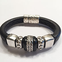 R43 BLACK WITH SILVER INLAY CERAMIC BEAD $60