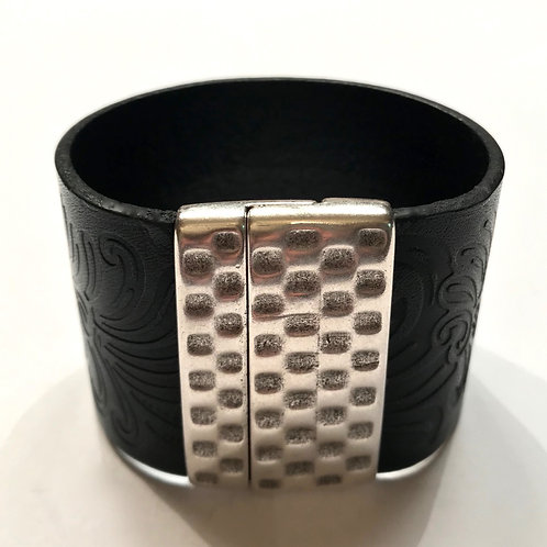 40mm Black Engraved Cuff with Hammered Clasp