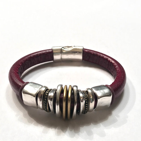 Bordeau Regaliz with Gold Spacers in Center