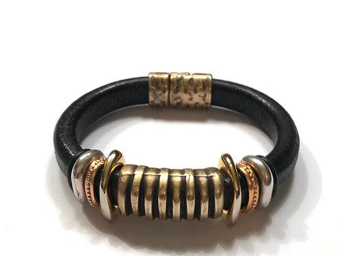 Black Regaliz with Antique Gold Zebra Bar