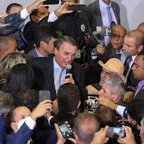 Bolsonaro mente, é rebatido por governadores, e colapso na saúde piora...