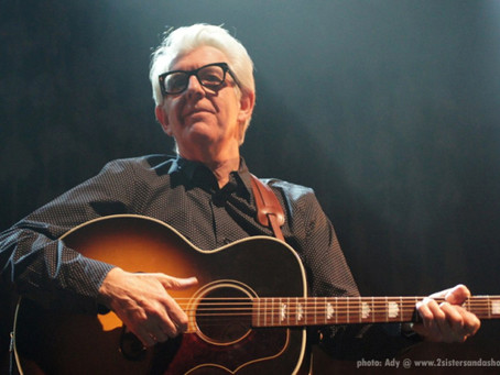 THAT WAS THE YEAR THAT WAS: A TIMELESS NICK LOWE ON A WIND BACK WEDNESDAY