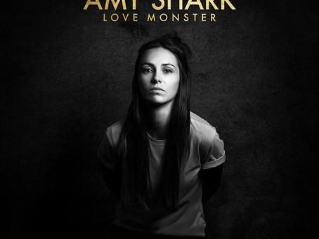 AMY SHARK – LOVE MONSTER: REVIEW