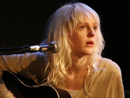 WIND BACK WEDNESDAY: A TAP AT LAURA MARLING'S WINDOW