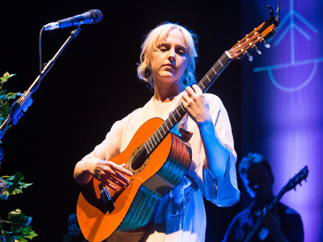 ALAS I CANNOT SLEEP: WIND BACK WEDNESDAY AND A JETLAGGED LAURA MARLING'S FIRST AUSTRALIAN TOUR