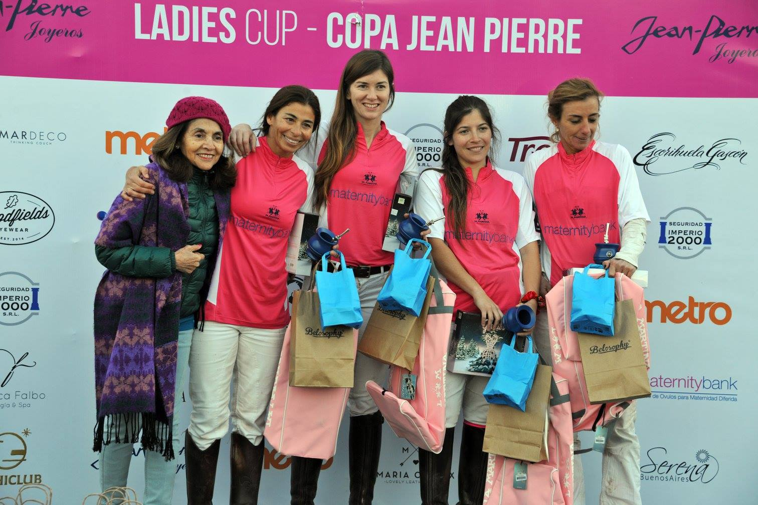 LaProvidencia-LadiesCup-MaternityBank