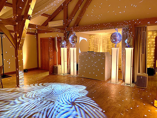Rob Lawes Entertainments Bassmead Manor