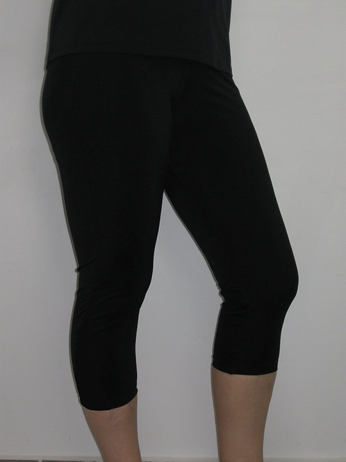 Swim & Sport Tights- 3/4 Length All Black