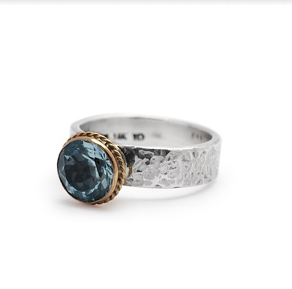 SILVER AND GOLD RING BLUE QUARTZ