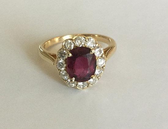 Oval ruby-diamond ring 18K yellow gold