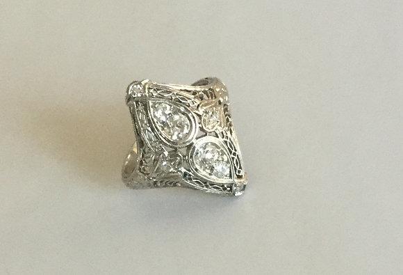 Antique platinum ladies ring