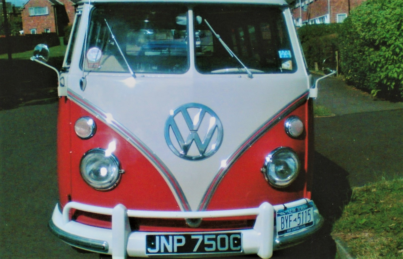 VW 1965 Splitscreen 13 Window Deluxe