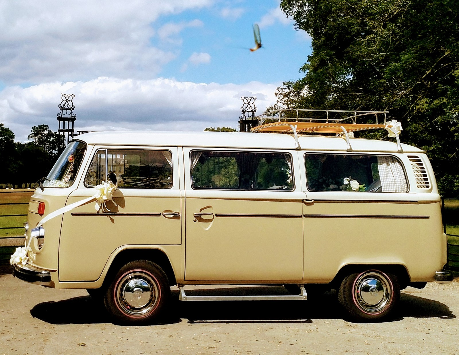 Barney 1974 VW Bay Window Deluxe