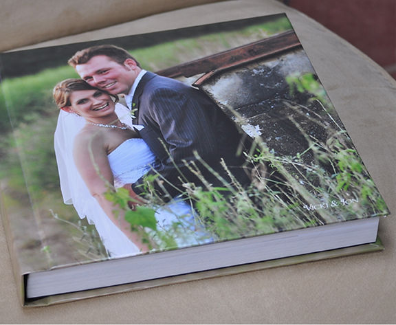 photo cover flush mount wedding album from White Dove Albums