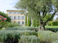bilingual builders South of France