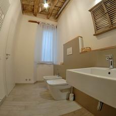 Bagni completi anche di doccia e bidè