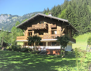 Chalet Isobel in summer