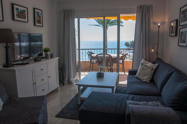 acapulco-livingroom.jpg