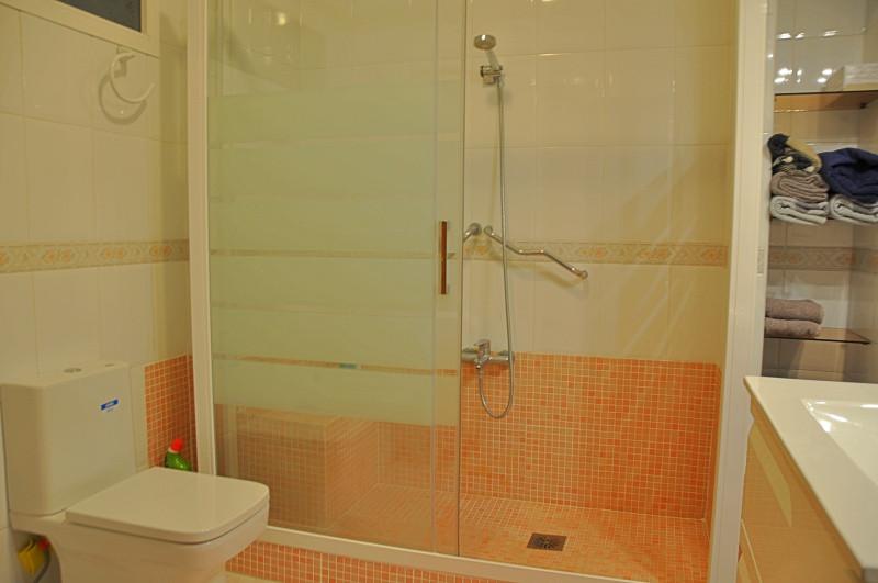 acosta-bathroom-2.jpg