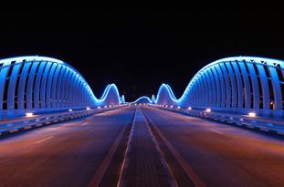 37 meydan bridge, dubai.jpg