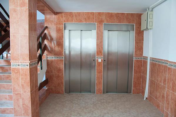 acapulco-elevators.jpg