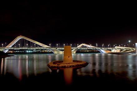 48 sheikh zayed bridge, abu dhabi.jpg