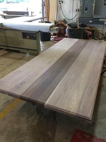 Walnut with wenge plank style