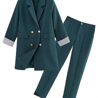 Costume élégant vert automne hiver