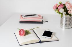 Livres et roses