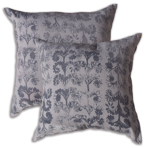 50 x 50 cm cushion cover, Verdun Smoke on White