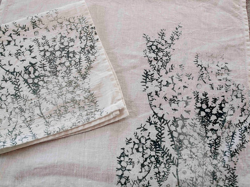Set of 2 Napkins | Tea Tree, Stone on White