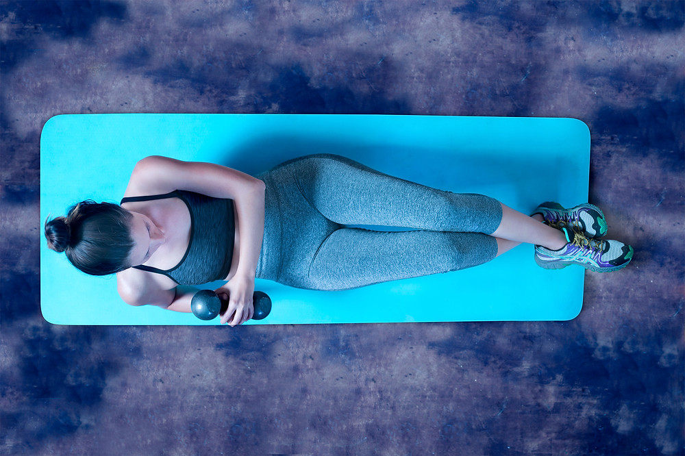 Weighted Russian twists for the abdominal region
