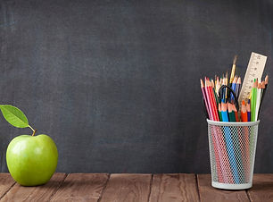 school-and-office-supplies-and-apple-pic