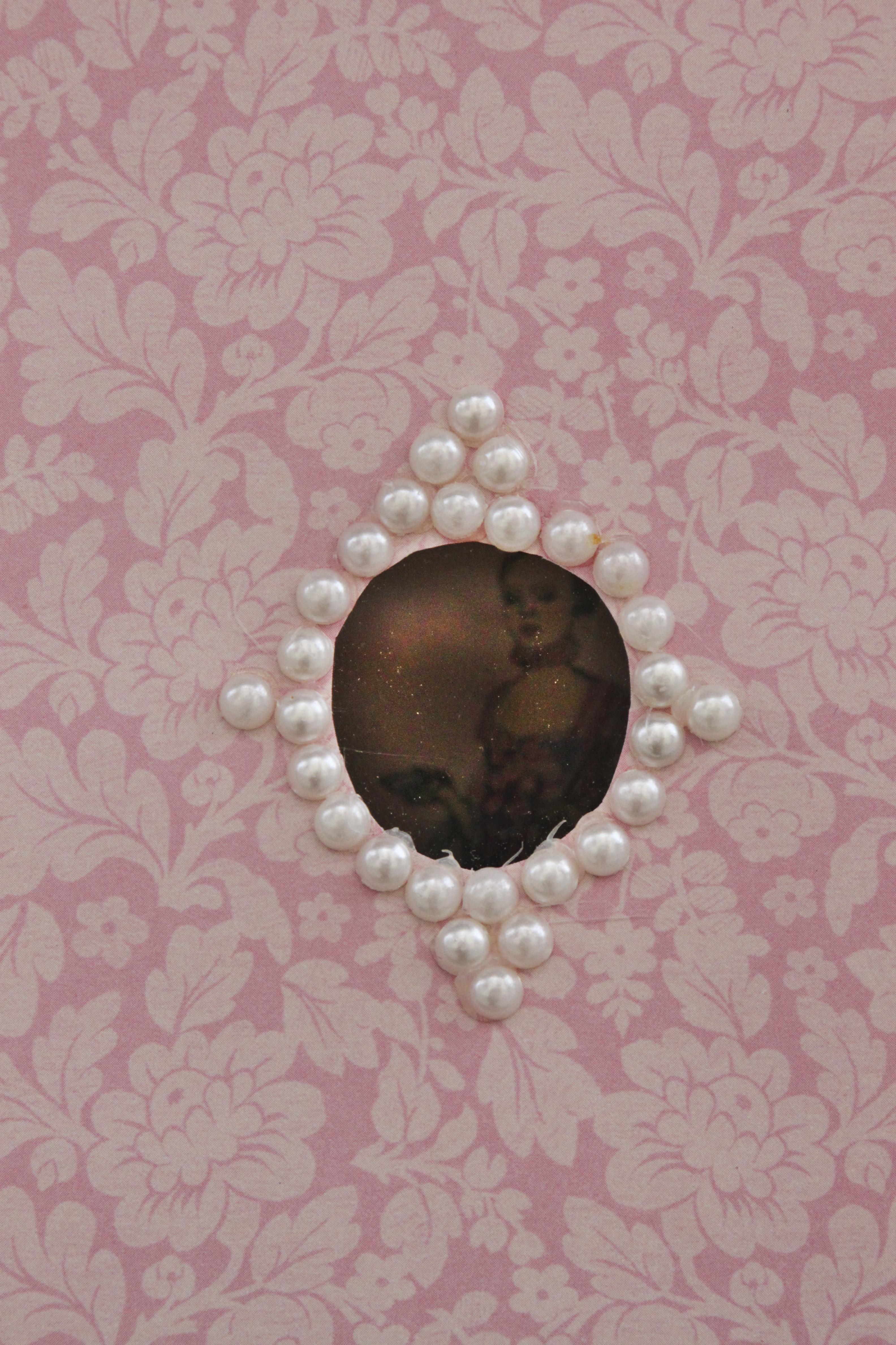 Marie Antoinette Peephole