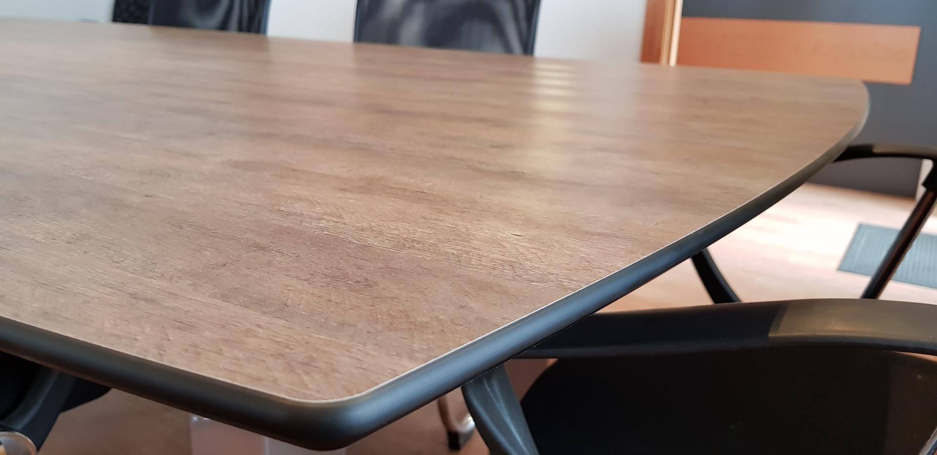 Tabletop4.jpg