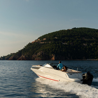 Bayliner VR6 cuddy (28).jpg