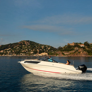 Bayliner VR6 cuddy (25).jpg
