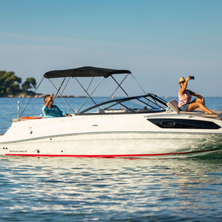 Bayliner VR6 cuddy (47).jpg