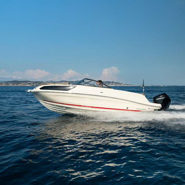 Bayliner VR6 cuddy (1).jpg