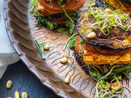 vegetarische auberginen-grill-burger