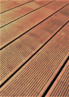 SOLID DECKING COVINDO