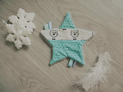 Doudou, étoile motif ours polaire