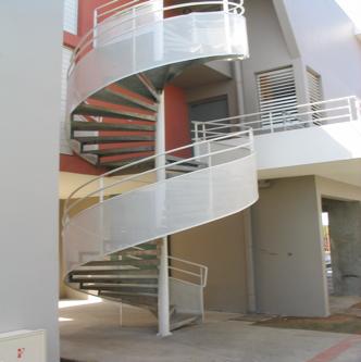 Escalier métallique tournant Blanc