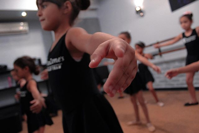 Join our Ballet Classes, All Ages and le
