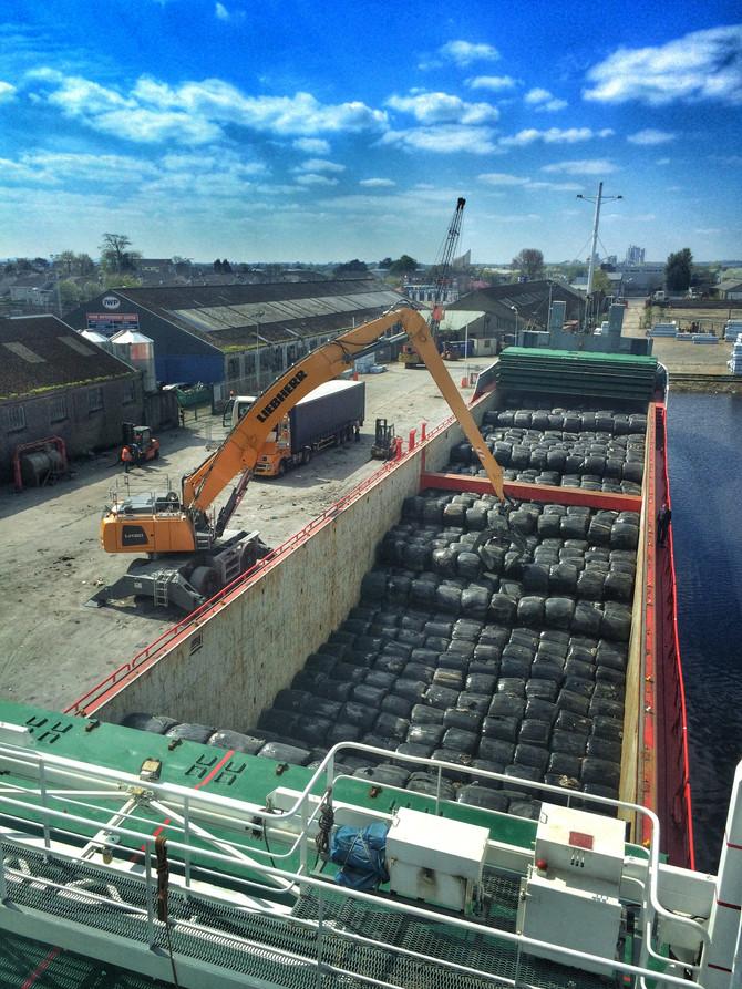 MV Elena - Loading RDF @ Limerick