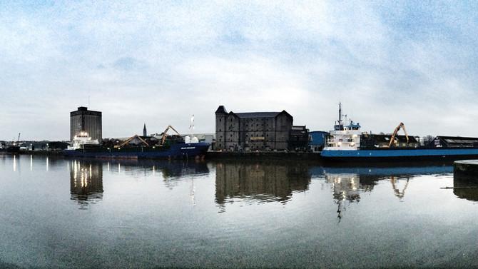Mullock & Sons - Limerick Dock
