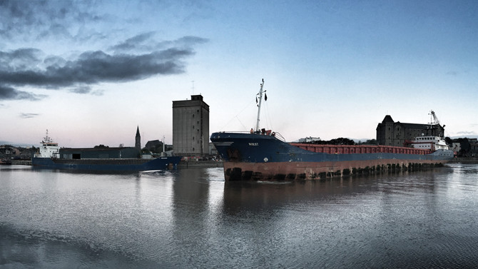 Ships Passing in Limerick dock