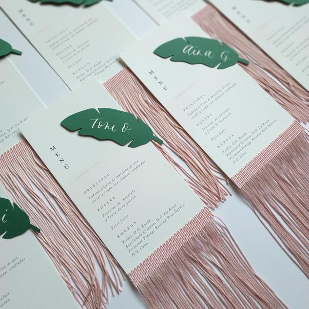 menu boda con flecos.jpg