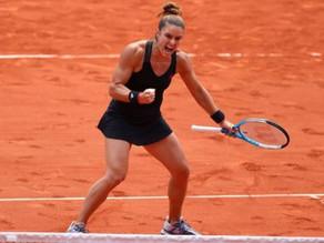 French Open 2021: Maria Sakkari beats Iga Swiatek to reach semi-finals